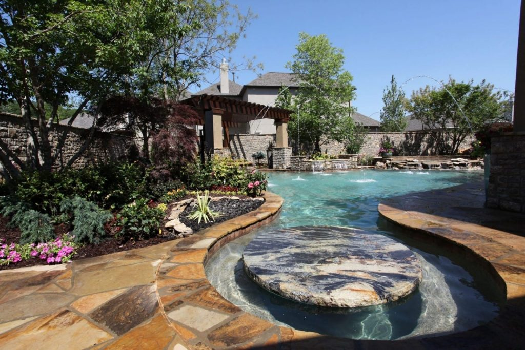Vivion Pools and Spas - Custom Built In-ground Gunite ... on Outdoor Living Pool And Spa id=32459